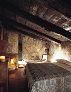 średniowieczny_hotel_wnętrza_kokopelia_1