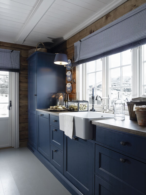 Bathroom Vanities Cottage Style