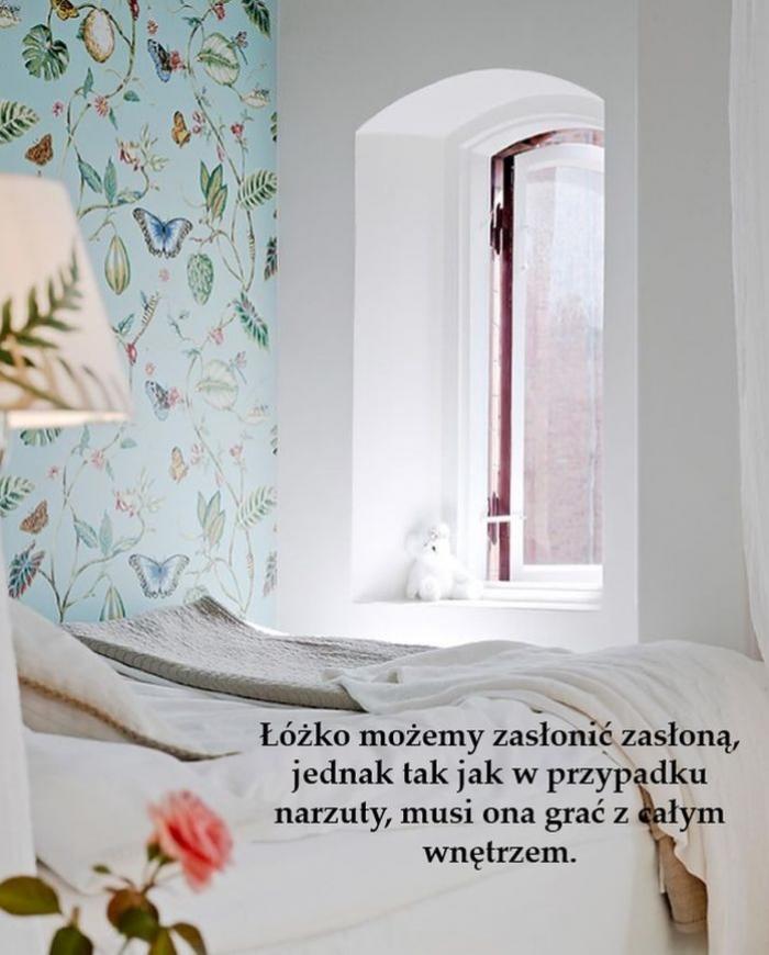 Łóżko_w_salonie_pomysły_aranżacje_kokopelia_e3