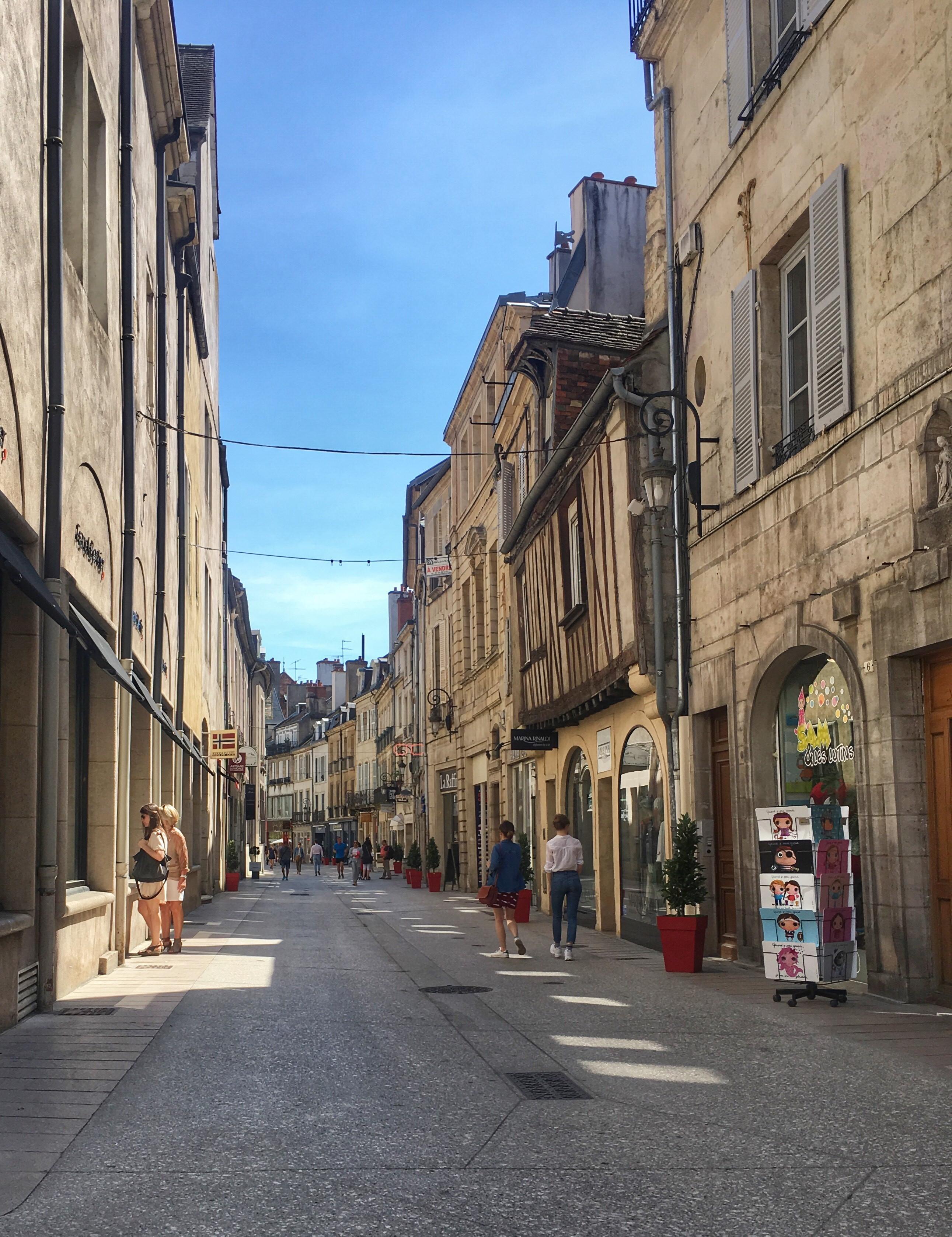 Kr lestwo musztardy czyli weekend w dijon kokopelia for Dijon architecture